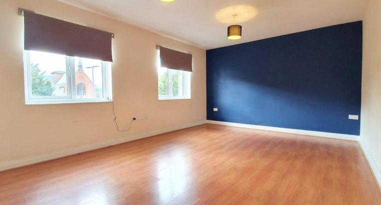 Station Road, Solihull – 3 Bed £750 PCM